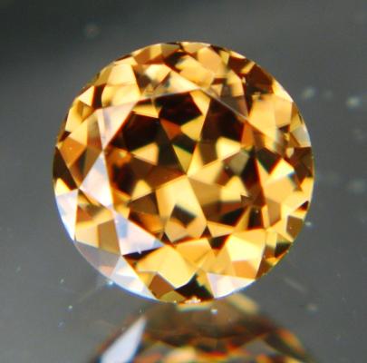 Golden yellow green Ceylon Zircon